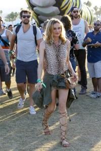 Diane-Kruger-Vogue-20Apr15-Splash_b_592x888