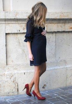 look-boda-embarazada-celebracion-premama-pregnant-style-vestido-embarazo-fashionblogger-españa-vestido-azul-marino-que-me-pongo-si-estoy-embarazada-inspiracion-streetstyle